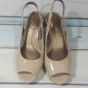 Life Stride Shoes - Life Stride Heeled Peep Toe Slingback Sandals 11 W